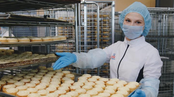 Из уральской фабрики тортов — в кондитерские гиганты: сладкие хроники помогут найти свой десерт