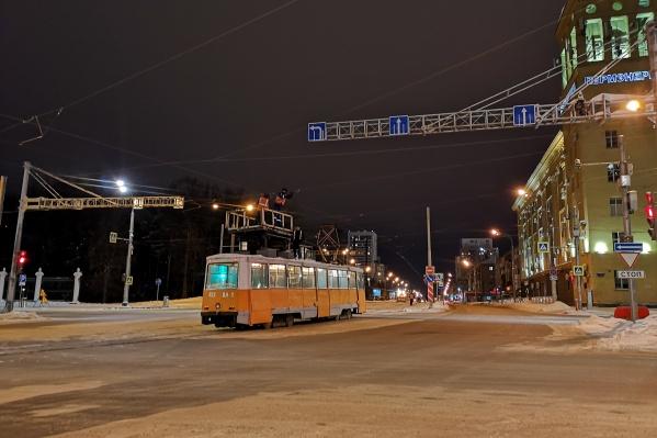 На Революции идет подготовка к запуску трамваев
