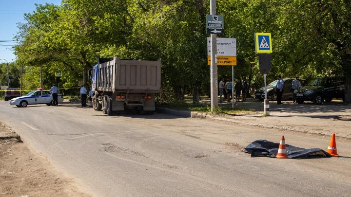 Без головы: на Партизанской грузовой автомобиль сбил пешехода