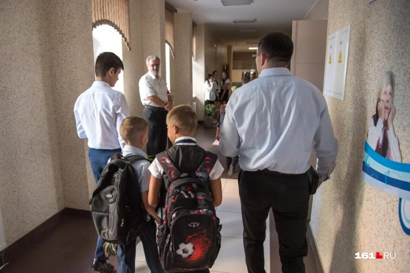 В российских школах начались масштабные проверки безопасности