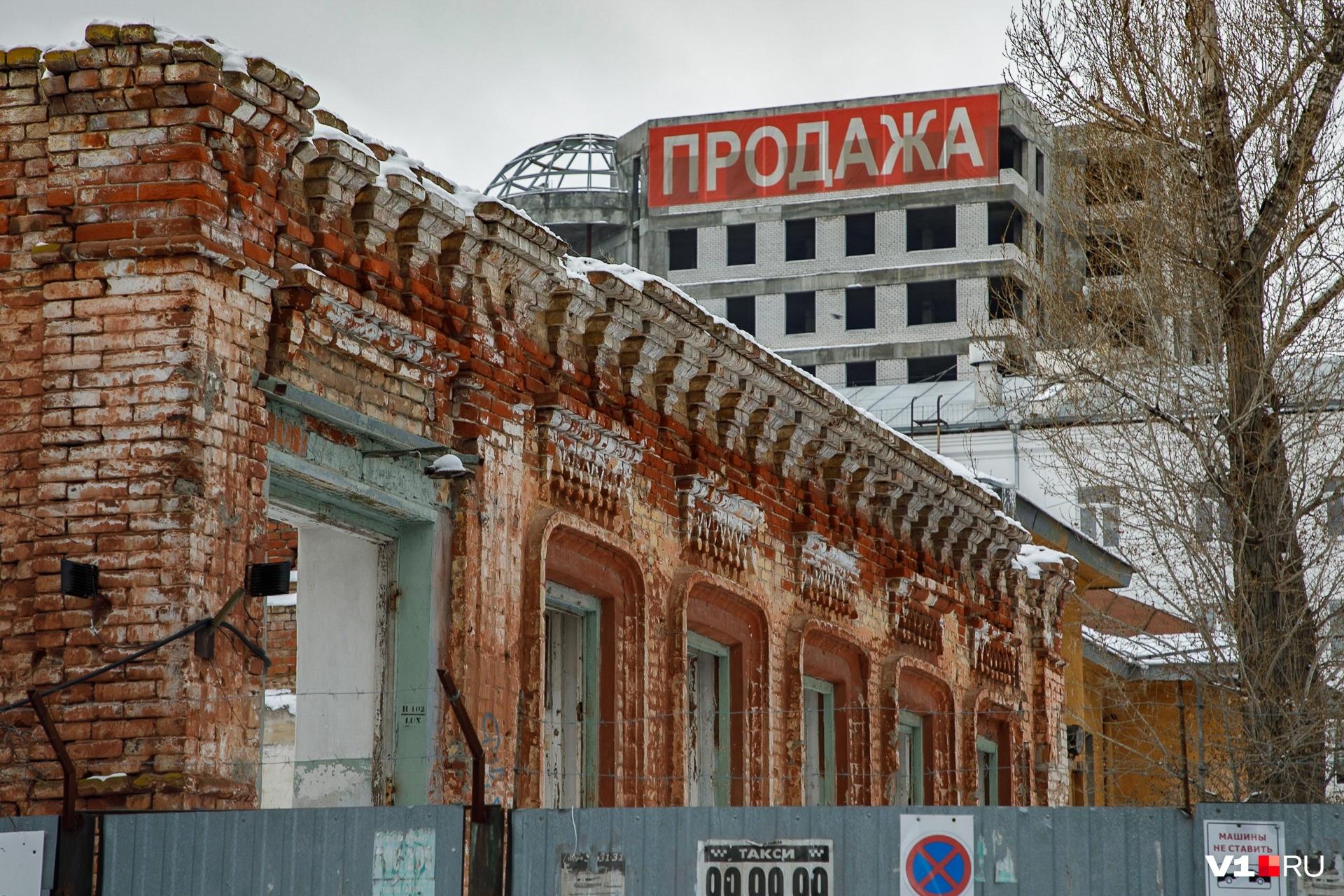 К 2016 году от векового здания на Клинской остались лишь несколько разрушенных стен и оконные проемы