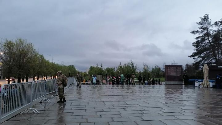 В День Победы так быть не должно: главная высота России в Волгограде пуста и безлюдна