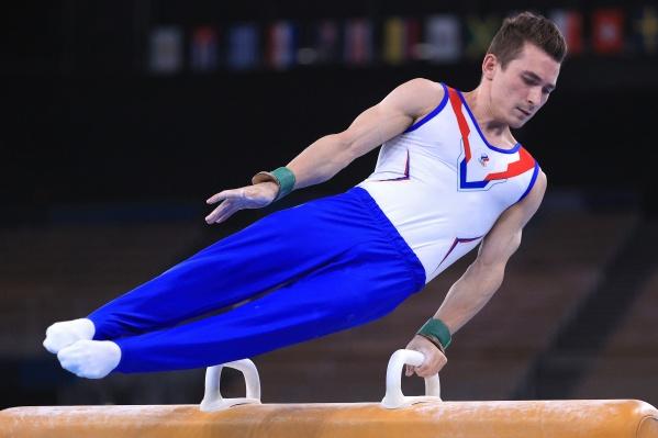 Гимнаст Давид Белявский во время финальных соревнований