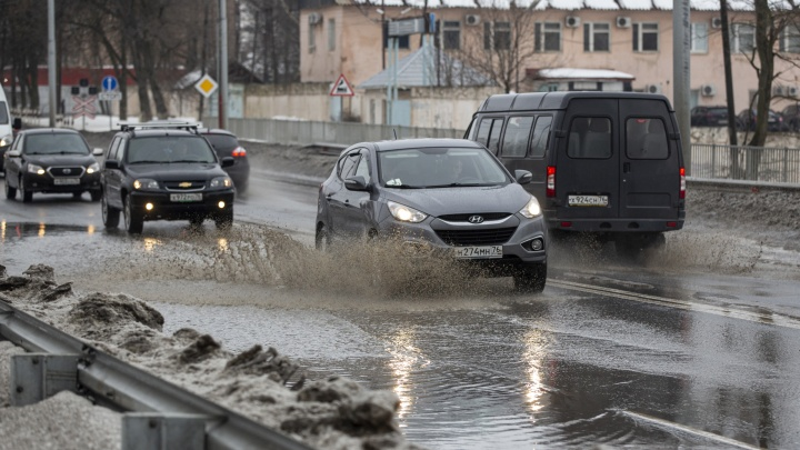 Капля в море: мэр Ярославля озвучил новые планы по капремонту дорог в 2021году