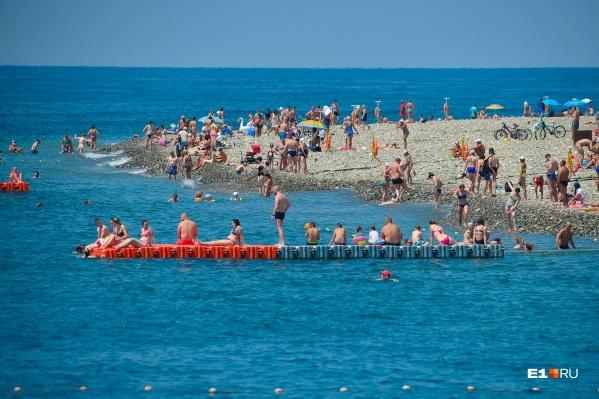 Существующая инфраструктура курорта уже не справляется с наплывом сотен тысяч туристов