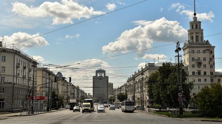 Что скрывают парадные фасады. Гуляем по спрятанным от туристов дворикам на Свердлова