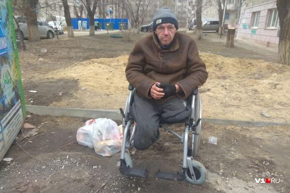 """Михаил Тимофеев живет на улице <nobr class=""""_"""">с 1998 года</nobr>"""