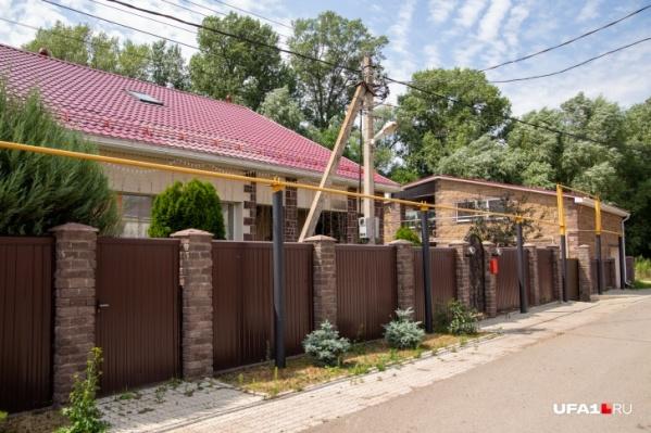 Так выглядит дом разыскиваемого сотрудника ГИБДД Ильдуса Шайбакова