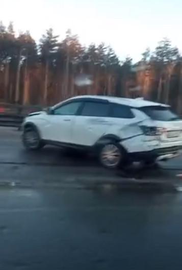 "Скриншот видео из группы <a href=""https://vk.com/wall-68471405_14713817"" target=""_blank"" class=""_"">«ДТП и ЧП | Санкт-Петербург»</a>"