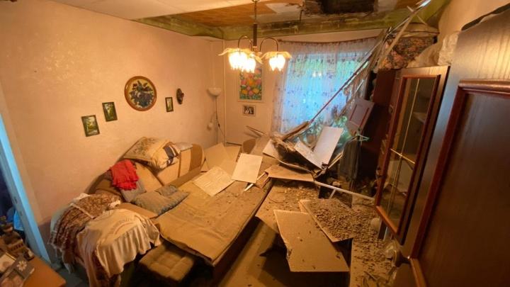 В Екатеринбурге компанию скандального коммунальщика оштрафовали из-за дырявого потолка