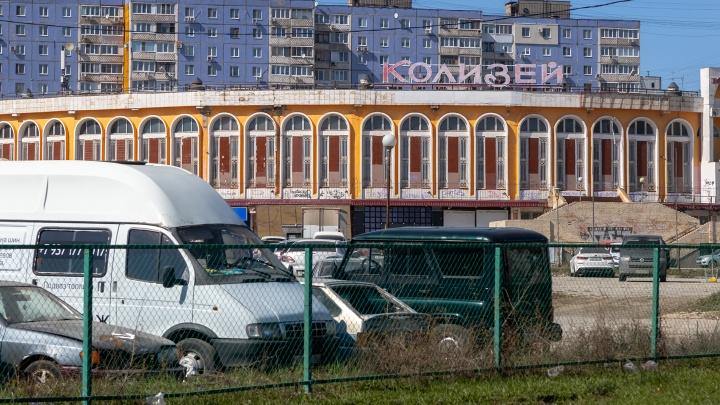 Очевидцы: «На Ташкентской «поплыла» плитка»