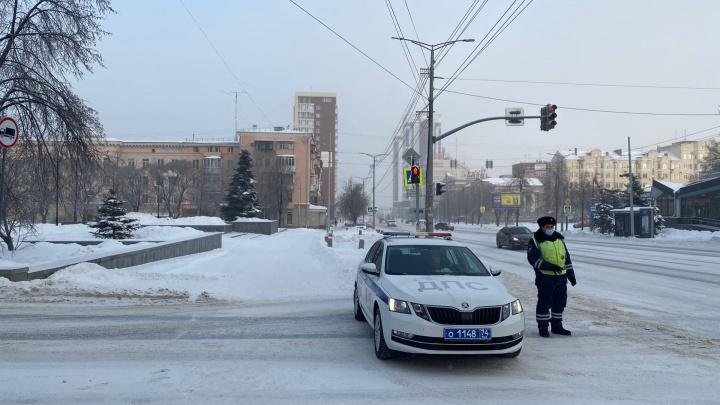 Силовики перекрыли улицы в центре Челябинска в месте планируемой акции протеста