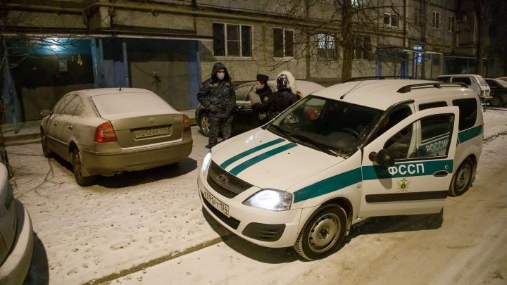Волгоградские приставы провели облаву на героев рубрики «Я паркуюсь, как...»