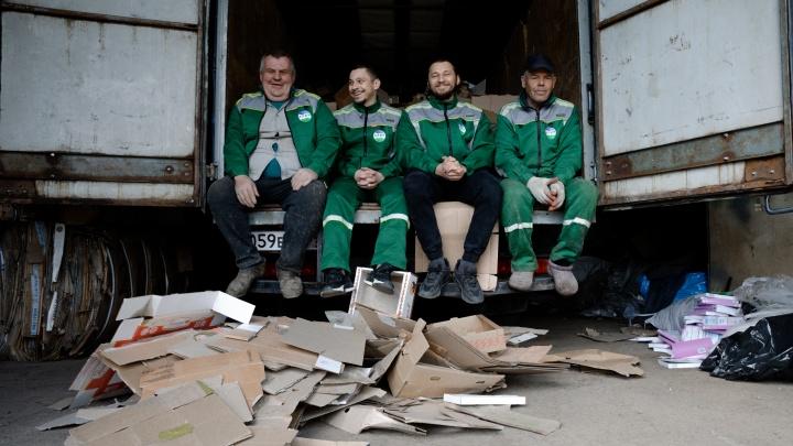 Супергерои носят зеленый: предприятие по сбору вторсырья начало работу с предпринимателями города
