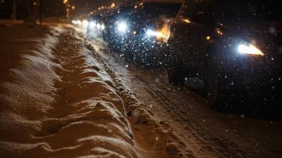 Синоптики рассказали, сколько снега выпало в Кузбассе за ночь и как долго он еще будет идти