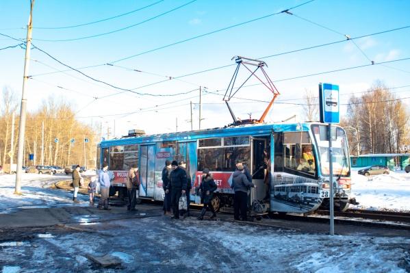 Новые правила проезда в электротранспорте вызвали много критики