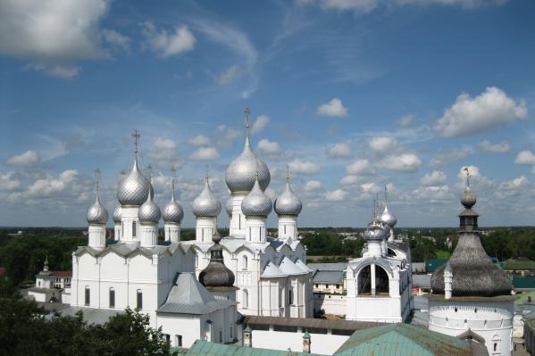 Для того чтобы называться Великим, у города есть все основания — знаменитый Ростовский Кремль и другие туристические объекты Золотого Кольца России