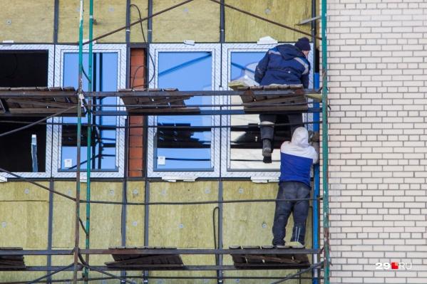 Все нелегальные мигранты трудились в Архангельске на рабочих специальностях