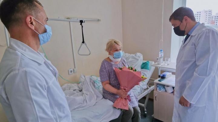 Губернатор Прикамья рассказал о состоянии учительницы, на которую напал с ножом лицеист