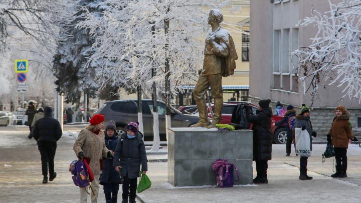 Власти Башкирии рассказали, сколько школьников и учителей заболели коронавирусом