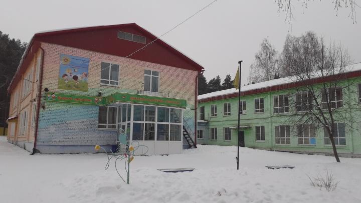 «Врач получает 53 тысячи». Руководитель детского санатория — о том, почему массово увольняются медики
