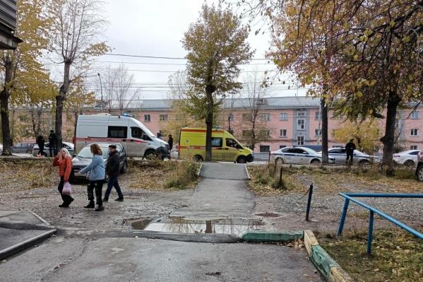 Против 51-летнего водителя скорой помощи Андрея Карманова возбудили уголовное дело