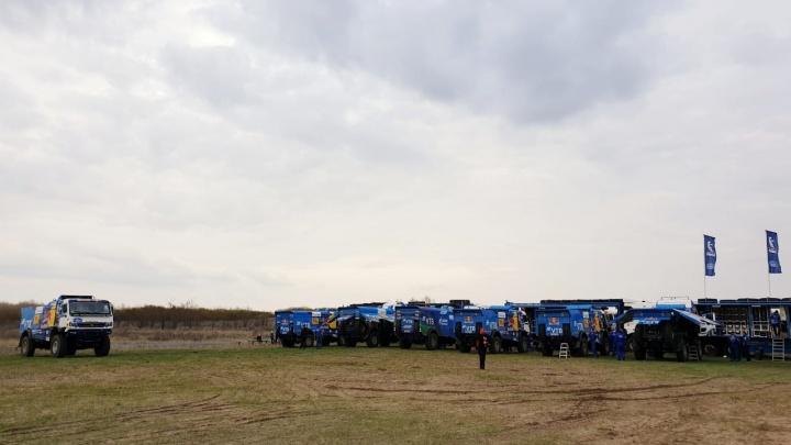 Поедем за «Золотом Кагана»: в Волгоградской области команда «КАМАЗ-Мастер» тренируется перед ралли по астраханским пескам