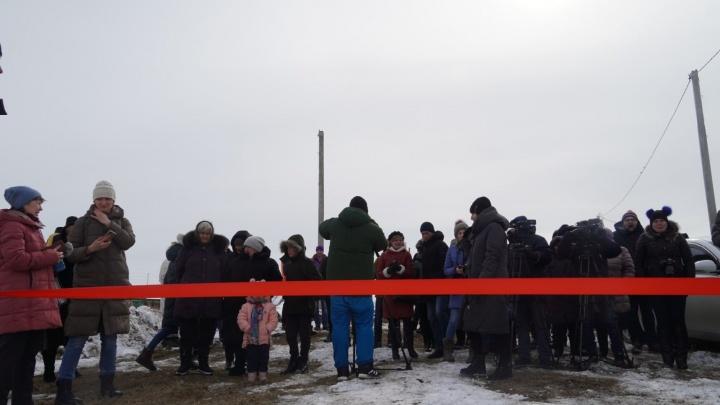 Конец истории «студента на березе»: возле Станкевичей поставили вышку сотовой связи