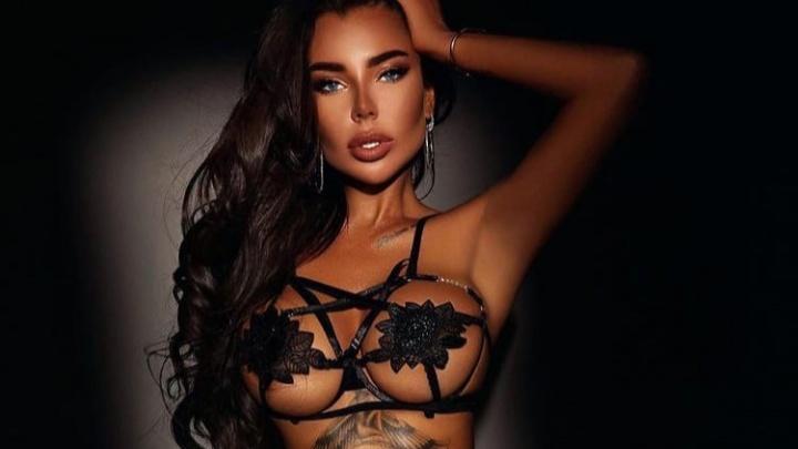«Чего стесняться, если у меня красивое тело?»: модель рассказала, сколько зарабатывает на откровенных фото