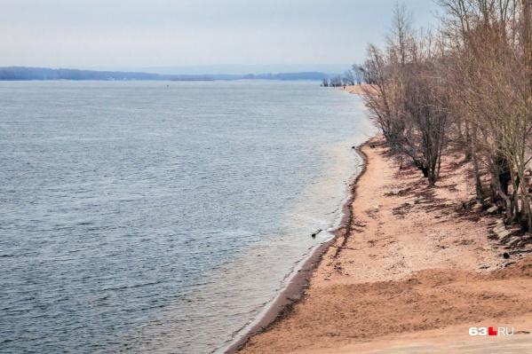 По словам чиновников, большая часть смертельных происшествий происходит в необорудованных для купания местах