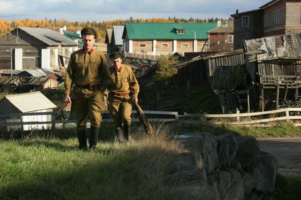 Евгений Яковлев (впереди на фото) рассказал, каким был его первый опыт съемок в кино<br>