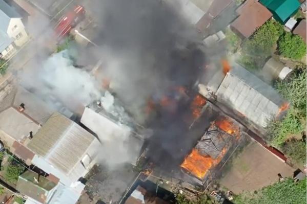 Кадры пожара опубликовал известный уфимский фотограф
