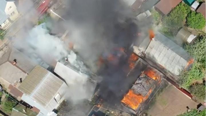 Пожар на улице Сочинской в Уфе сняли с коптера