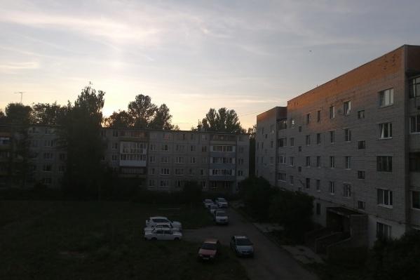 В Дзержинском районе произошла авария на электросетях