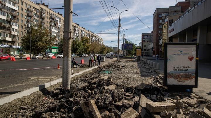 Мэрия убирает парковки с главных магистралей. Новосибирцы в шоке, а магазины потеряли первые миллионы