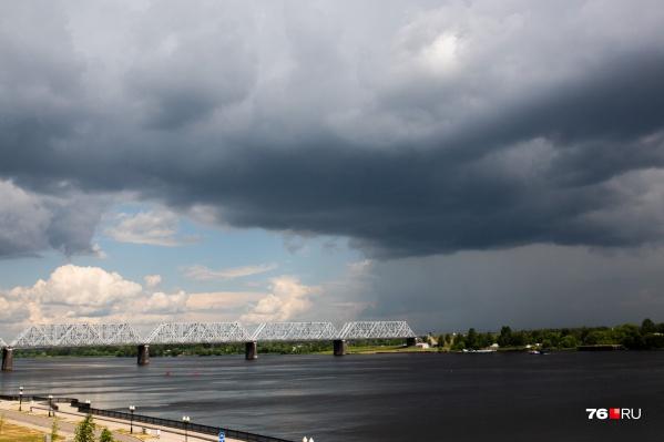 Несмотря на дожди, в Ярославле будет тепло