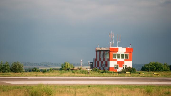 «Сразу командир предупредил: пристегнитесь»: Путин высказался о взлетно-посадочной полосе в Кемерово