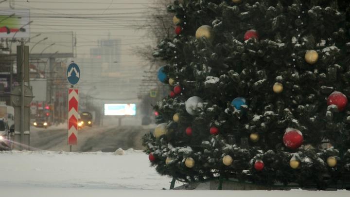 Одинокий город: 10 атмосферных фото, как Новосибирск проснулся 1 января