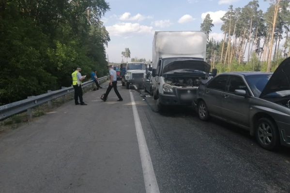 Аварию спровоцировал водитель самосвала