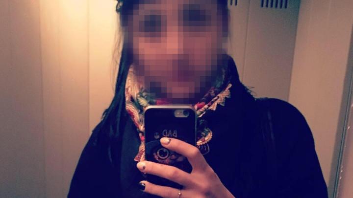 «Боюсь я!»: как жила и чем занималась мать-убийца, уронившая с балкона свою 3-летнюю дочь (18+)