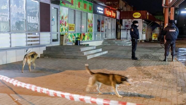 В Волгограде полностью потушен пожар на Качинском рынке