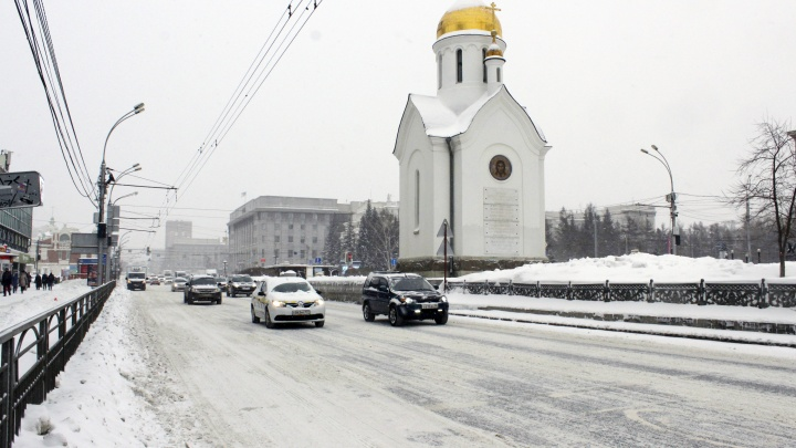 Интересная улица в Новосибирске, где камеры ГИБДД не штрафуют водителей (поэтому они совсем распоясались)