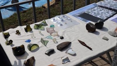 Бутылки из-под водки и китайский фарфор: археологи рассказали о находках на раскопках «Красноярского острога»