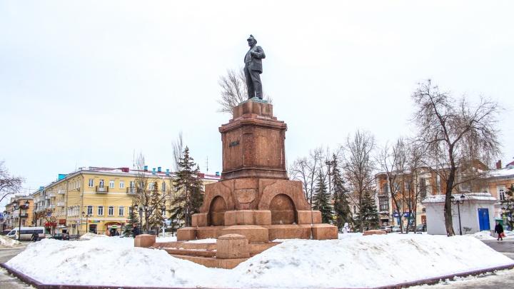 «Будет до зевоты скучно»: идеолог «Том Сойер Феста» — о памятнике АлександруII на площади Революции