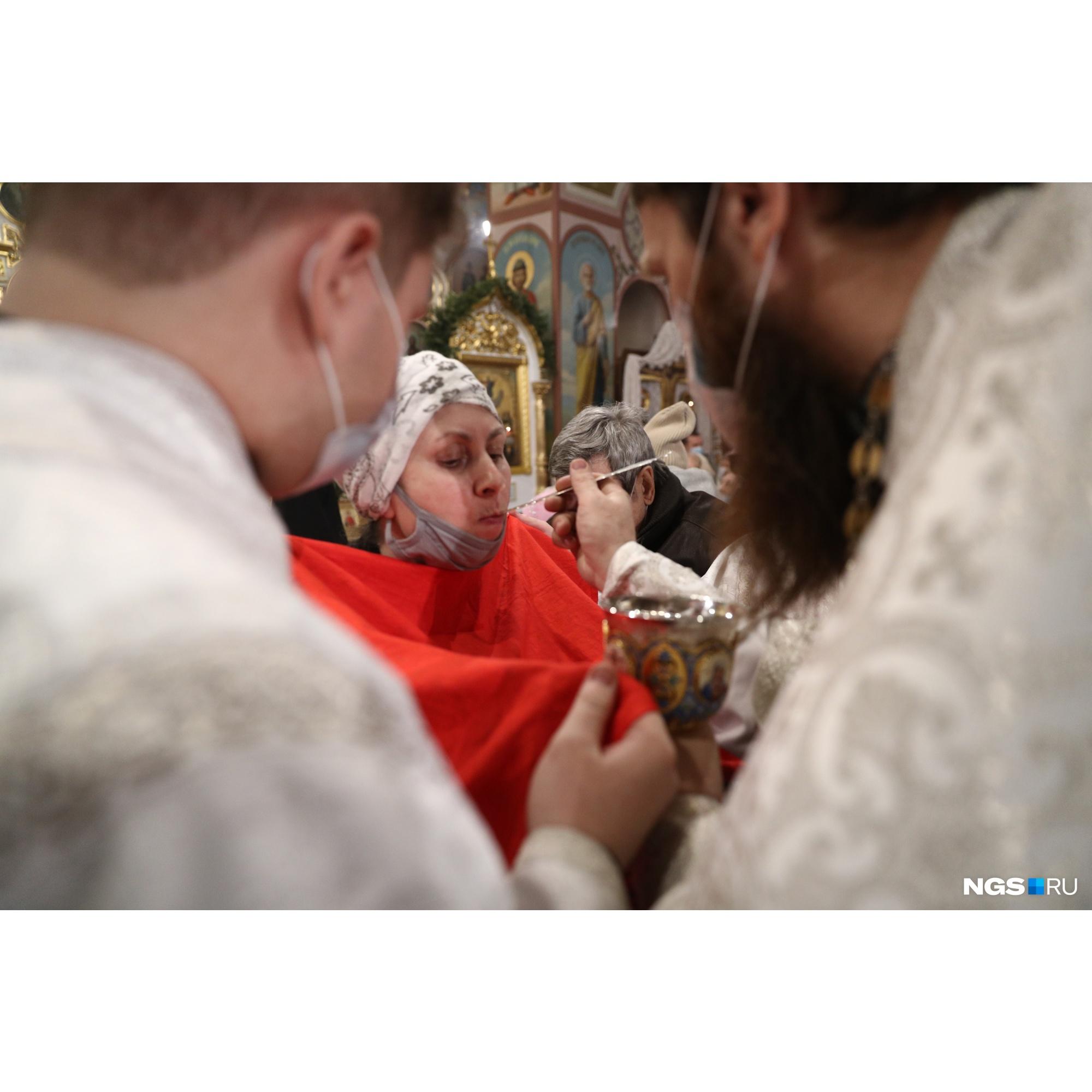 Причащение традиционно происходит после богослужения