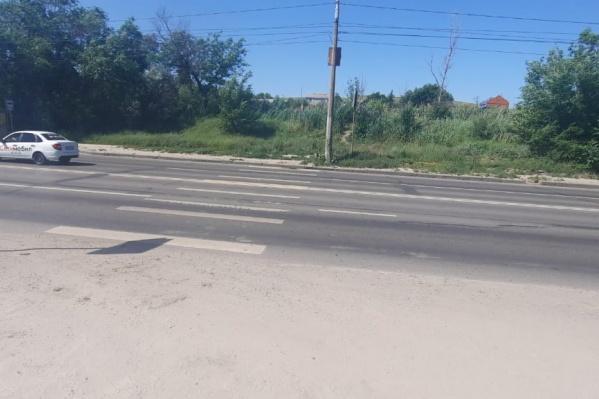 На остановке «Соленый пруд» переходить дорогу опасно для жизни