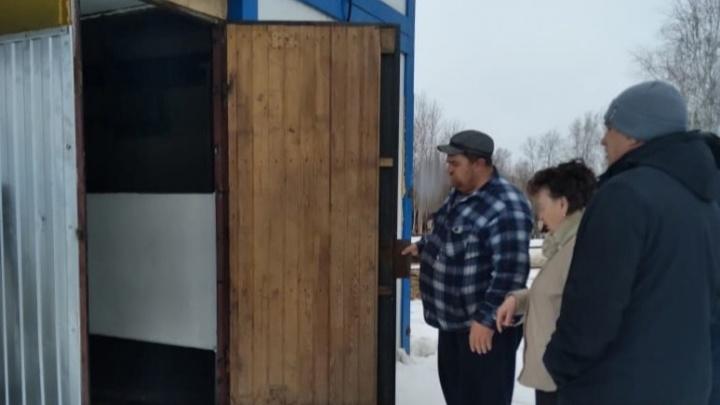Добивались через Путина, губернатора и прокуратуру: в Абатском районе открылся убойный цех