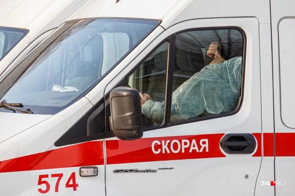 Если в помощи скорой нуждаются несколько человек, то для каждого необходимо вызвать отдельную бригаду