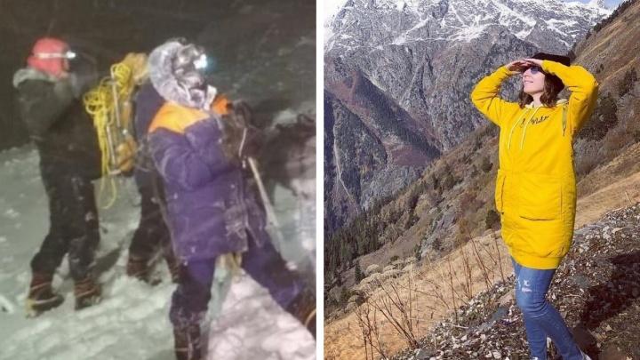 «Если бы спасатели приехали раньше, Ирина бы осталась жива»: участник восхождения на Эльбрус — о работе МЧС