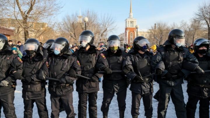 Красноярская полиция вновь предостерегает от участия в митинге: пугают бешеными штрафами и сроками